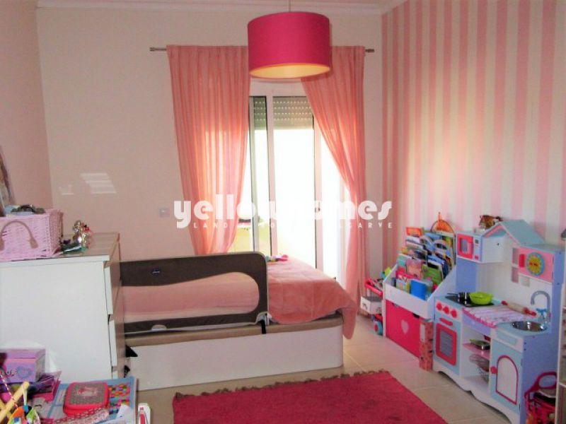 Apartamento T2 com terraço privado perto de Tavira