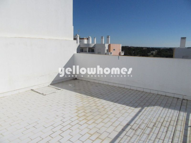 Nice 2-bed apartment with private roof terrace near Tavira