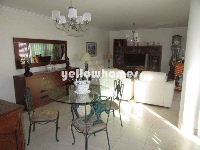 Modern 3-bed apartment with large terrace in the centre of Tavira