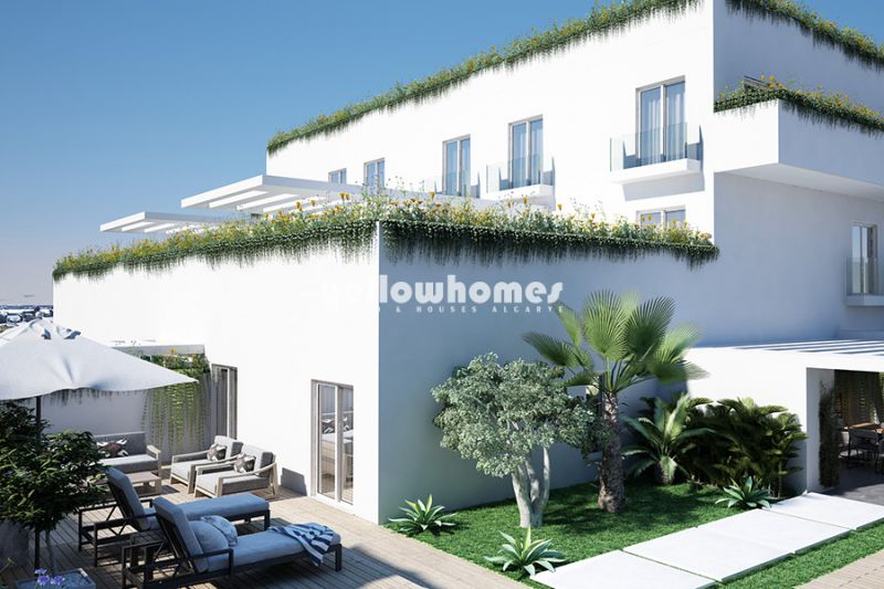 Newly built 2 and 3 bed apartments with private pool in Tavira