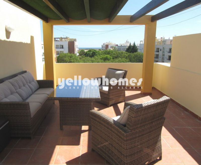 Luxury 1-bed penthouse with communal pool in Tavira
