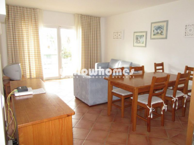 2-bed apartment located in a well-established and popular resort in Tavira