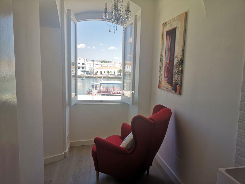 Bonito apartamento T3 completamente renovado no centro de Tavira