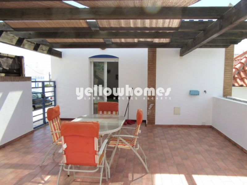 2-bed duplex apartment with loft and garage near Castro Marim