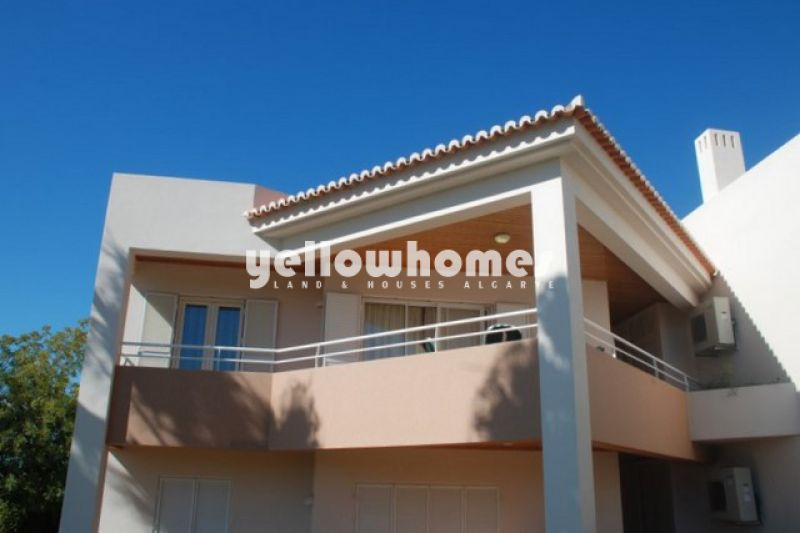 3-bed apartment located at a Golf Resort near Carvoeiro