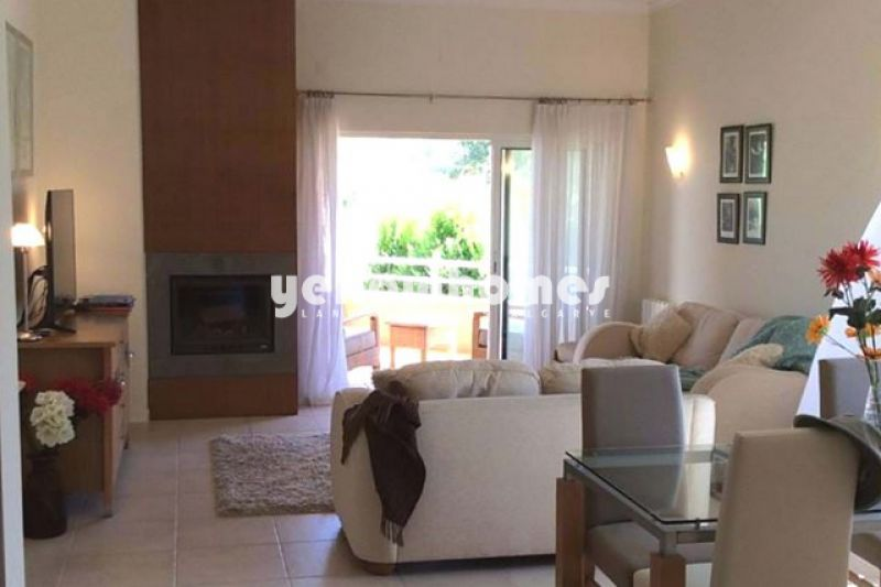 Apartamento T2 no primeiro andar num empreendimento de golfe perto do Carvoeiro