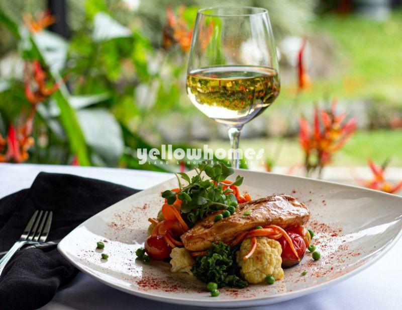 Restaurante equipado e mobilado com alojamento proprio em Tavira
