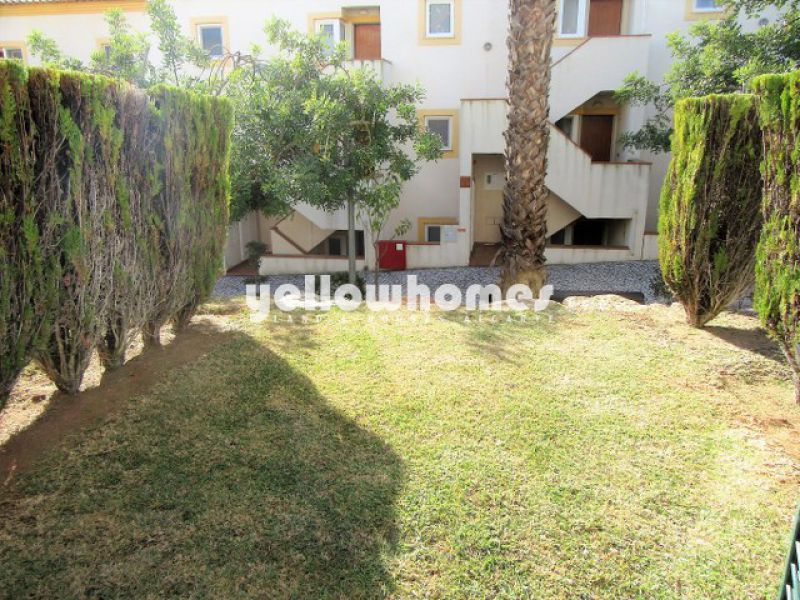 2-bed townhouse with large roof terrace in the centre of Tavira