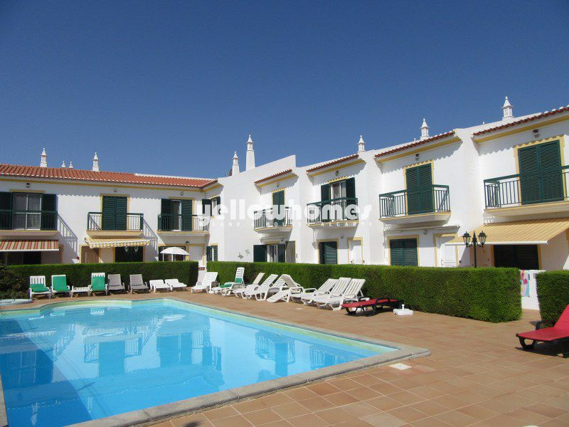 2-bed townhouse with communal swimming pool near Cacela Velha