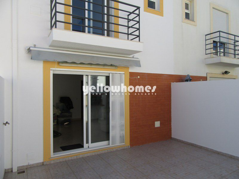 Lovely 2-bed townhouse with sea views in Tavira