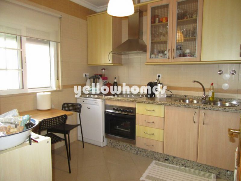 2 bed townhouse wth roof terrace and sea view in Tavira