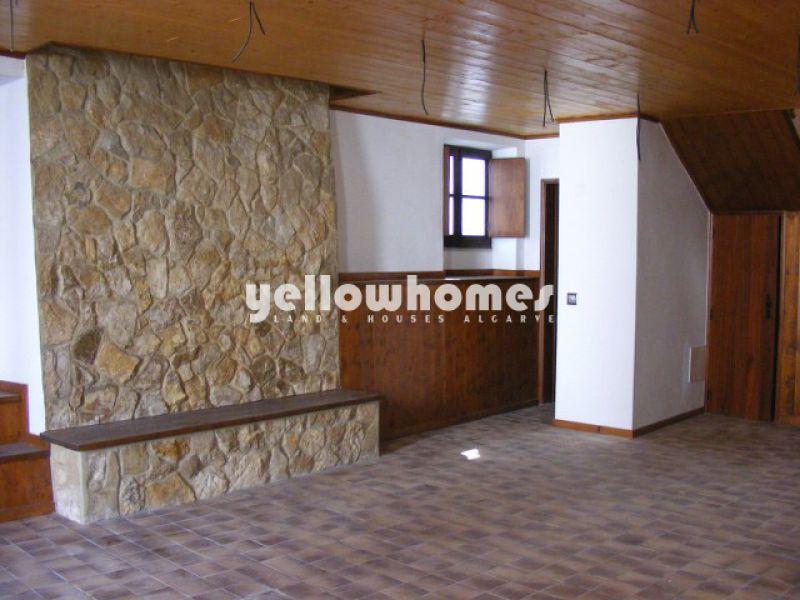 Casa de cidade renovada com gosto no centro de Tavira