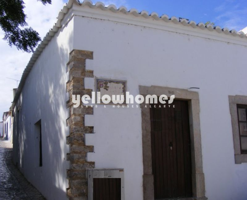 Nicely renovated townhouse in the centre of Tavira