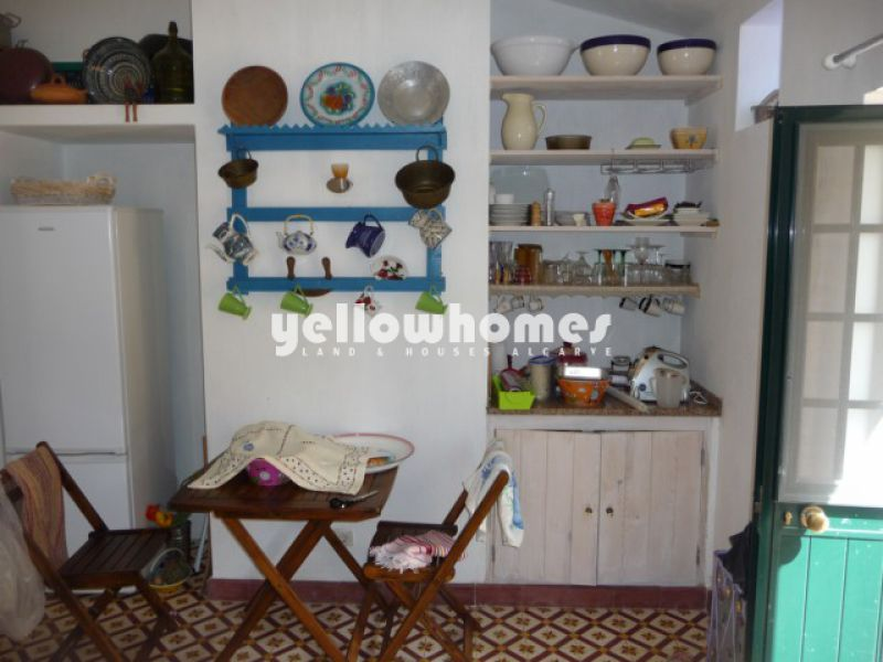 Renovated two bedroom Quinta with annex on large plot