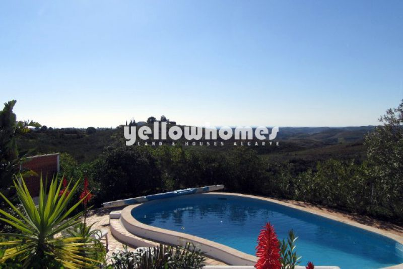 Cozy 2 bed villa with private pool and extensive country and sea view.