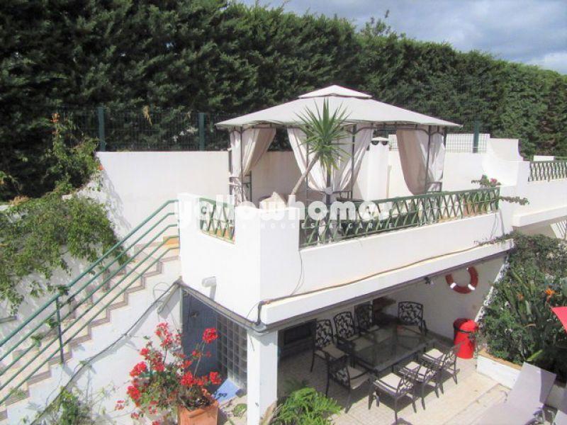 Spacious semi-detached villa in a quiet area of Tavira