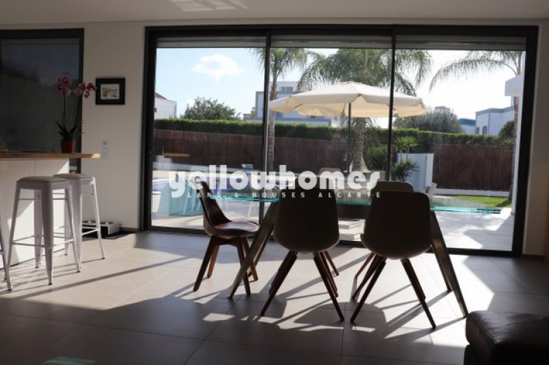 Brand new, contemporary 3-bed villa with hight quality finishings in Tavira