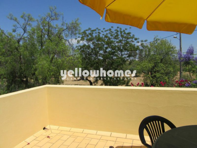 Ideally located 4 bedroom house with small garden in Tavira