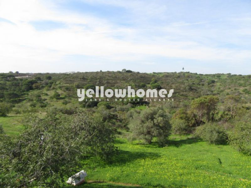 Well kept 2-bed bungalow close to Monte Rei Golf & Country Club,