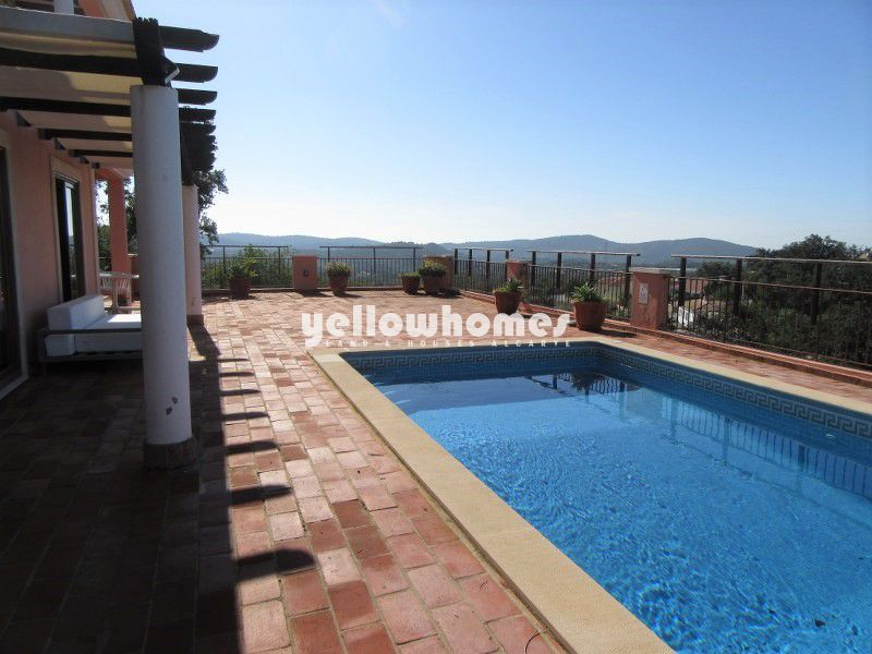 3-bed villa with private pool in quiet coutryside near Sao Bras de Alportel