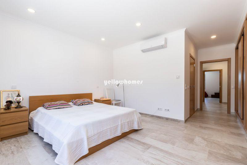 Modern 4-bed Villa with private heated pool near Castro Marim