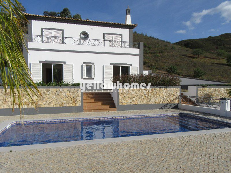 Fantastic 4-bed villa with private pool and coutry views near Tavira