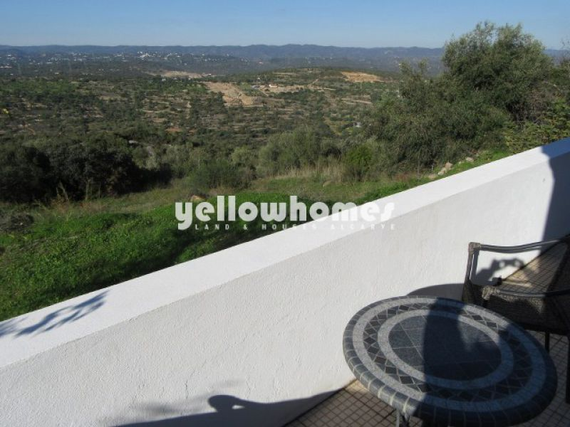2-bed cottage in a small hamlet near Moncarapacho