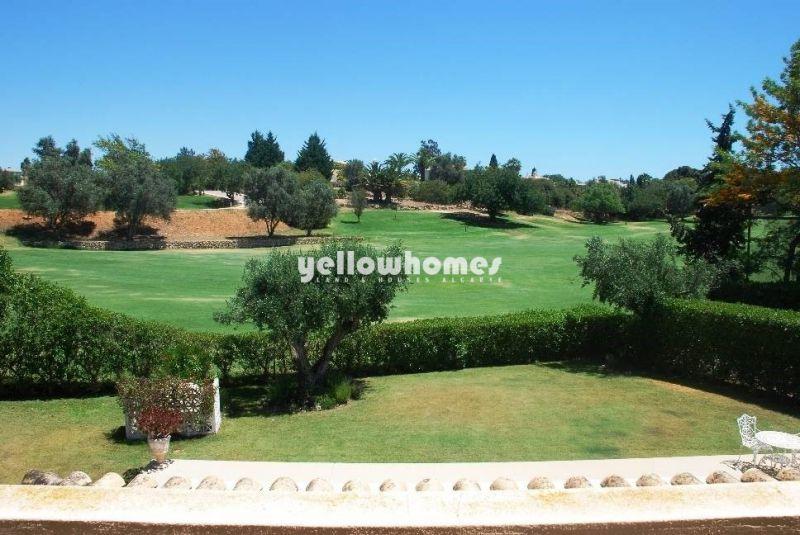 Spacious 3 bed Villa overlooking the golf course near Carvoeiro