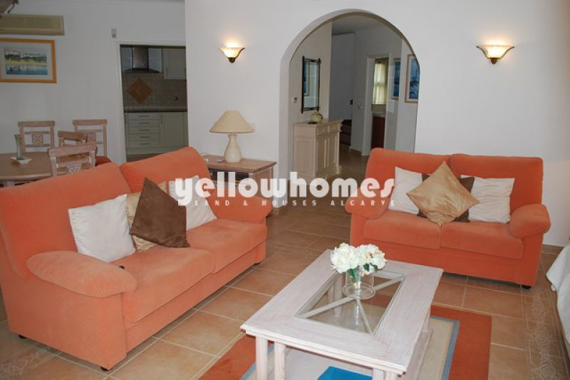 3-bed semi-detached villa with views to the countryside near Carvoeiro
