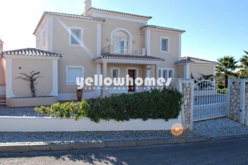5-bedroom Villa at a private golf resort in Carvoeiro