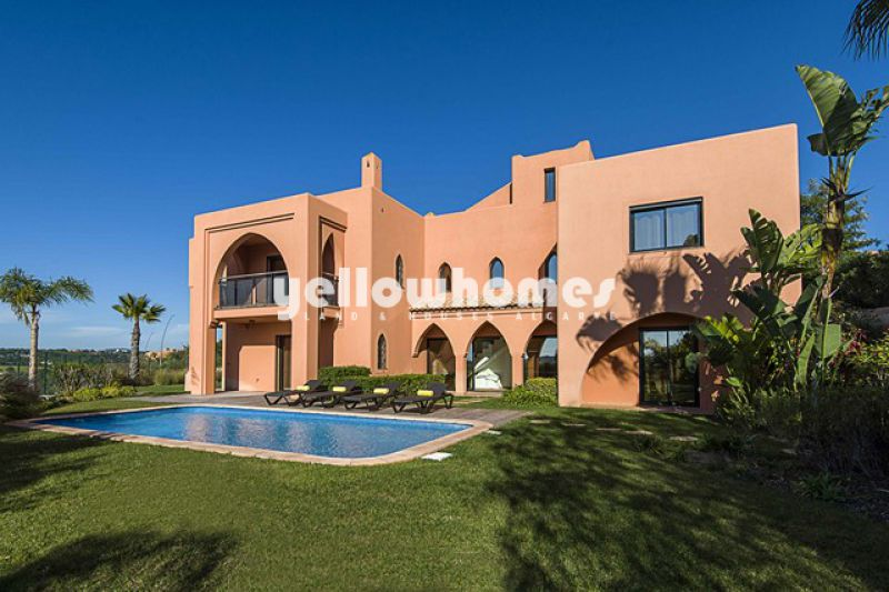 Exceptional 4-bed villas with private garden and pool on a Golf Resort