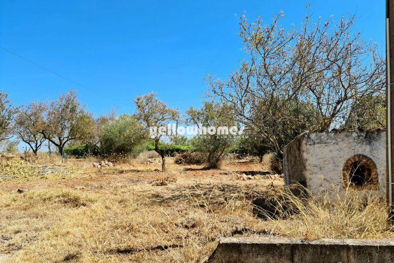Charmosa moradia V3 entre Boliqueime e Vilamoura com vistas panorâmicas