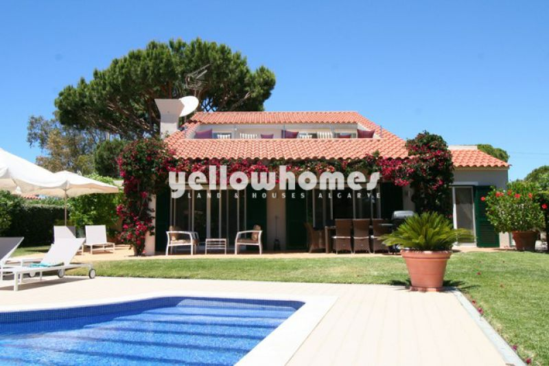 Contemporary 4 bed villa with pool in Vale do Lobo