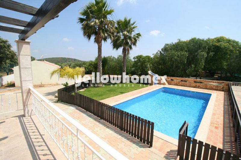 Sao Bras villa with 3 (+1) bedrooms with pool and large plot