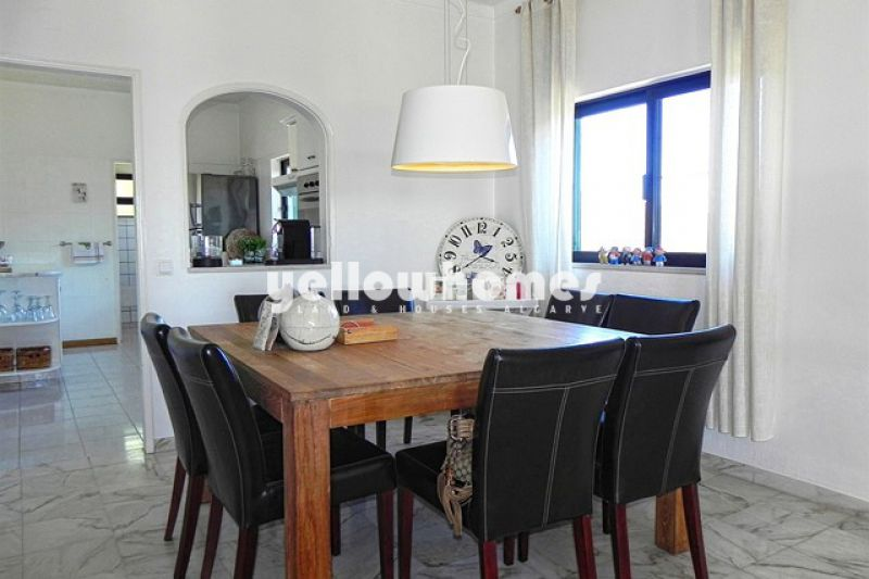 Well-presented villa with guest apartment and stunning views