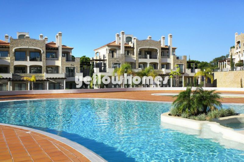 Well designed 2-bed apartments near Vilamoura in a private top resort