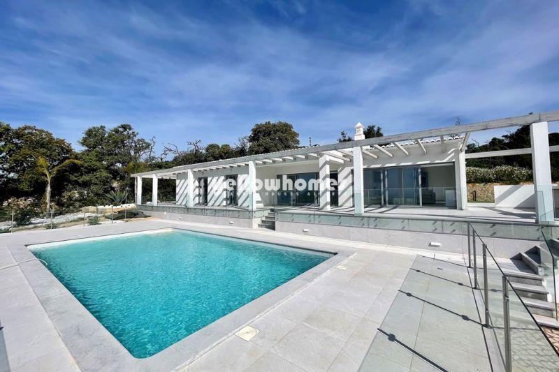 Brand new, stunning 4-bed villa with breathtaking views near Santa Barbara