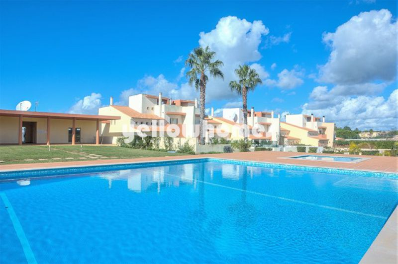 Furnished 4 bed villa with pool near Vale do Lobo