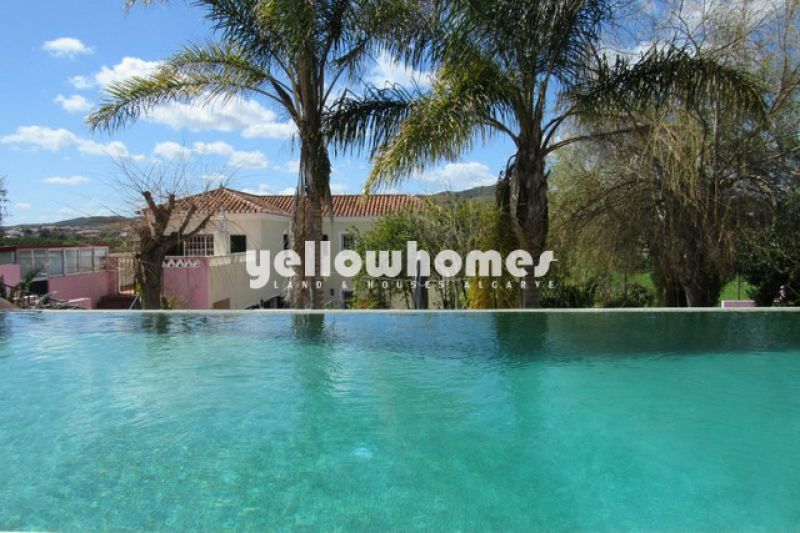 Elegant four bedroom country villa near Silves