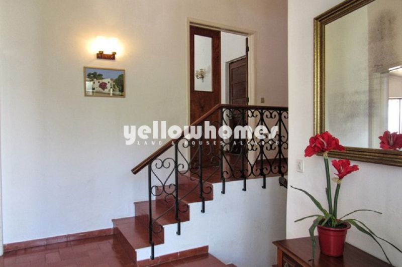 Charming 4-5 bedroom villa located in the heart of Carvoeiro