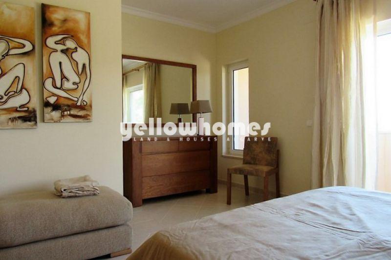 Elegant two bedroom townhouse near Ferragudo