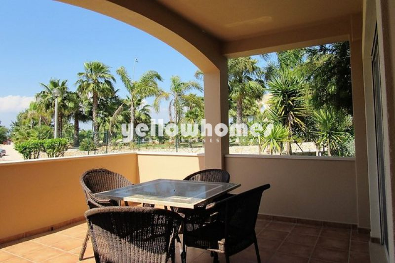 Elegant two bedroom townhouse near Ferragudo
