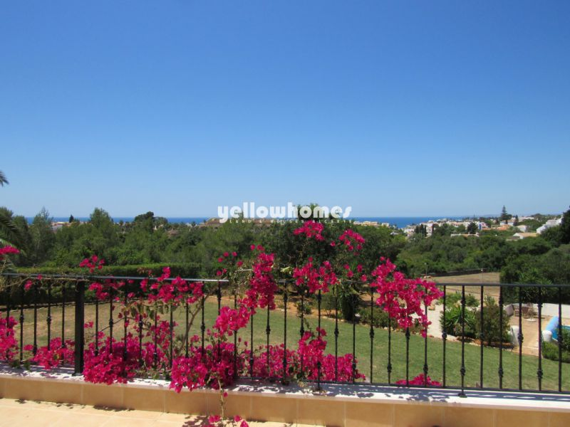 Magnificent five bedroom villa with fabulous sea views in Carvoeiro