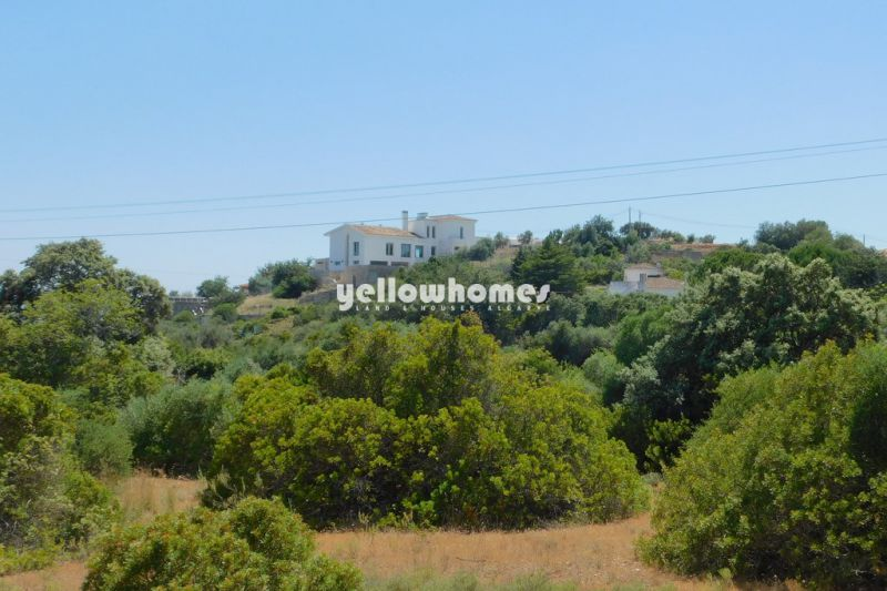 High quality villa with fantastic sea and country views