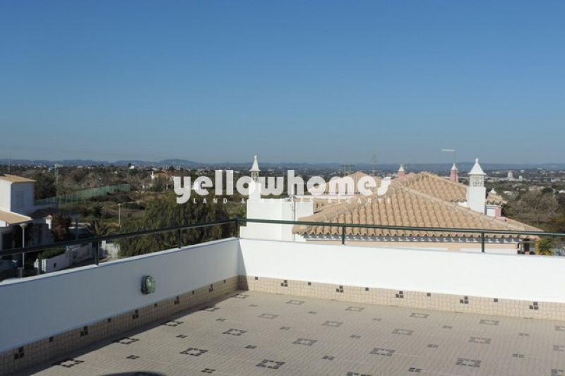 4+1 bedroom villa with private pool near Armacao de Pera