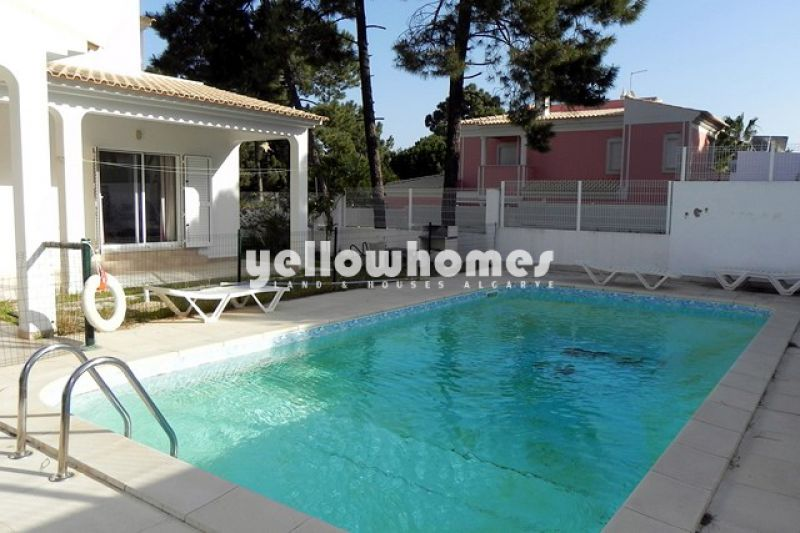 4 bed villa near Albufeira only 5 walking minutes from the beach