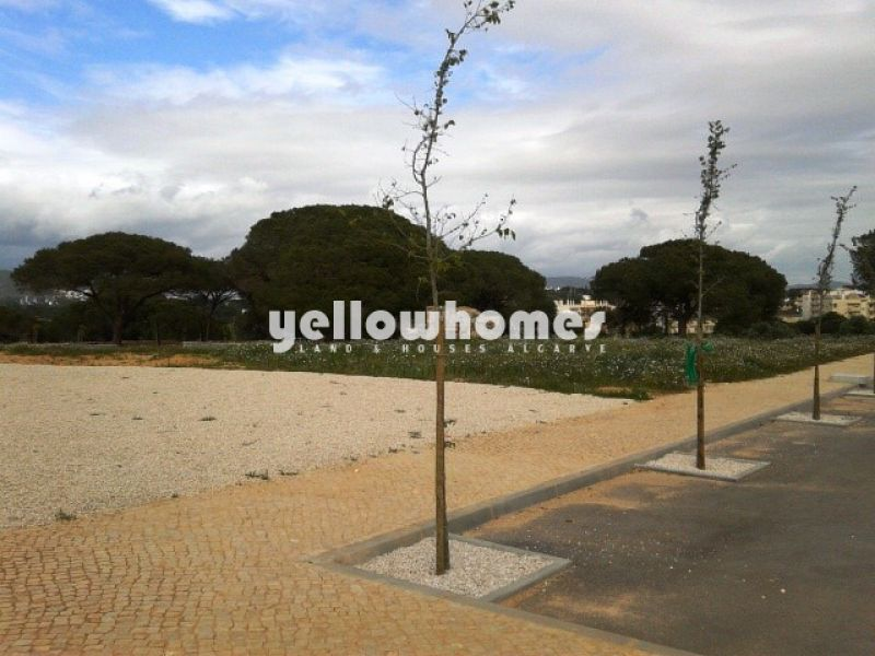 Commercial plot in central location in the Central Algarve