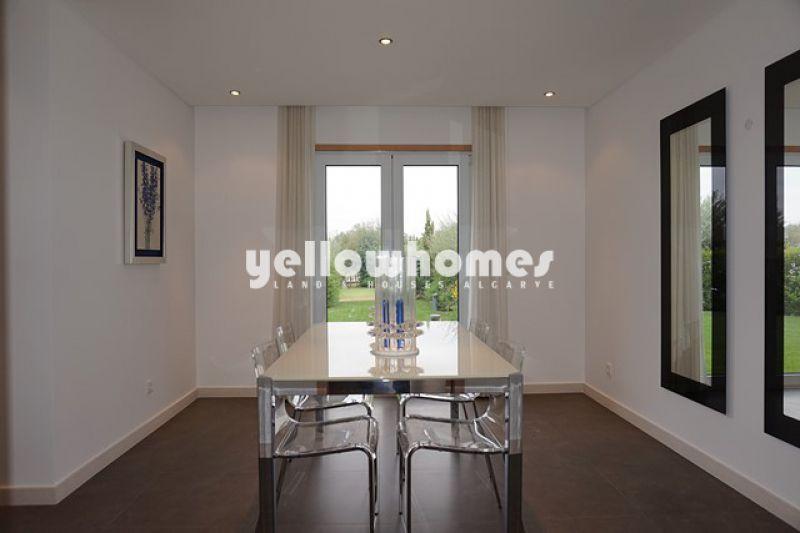 Newly built 5-bed villa a private condominium in Vilamoura