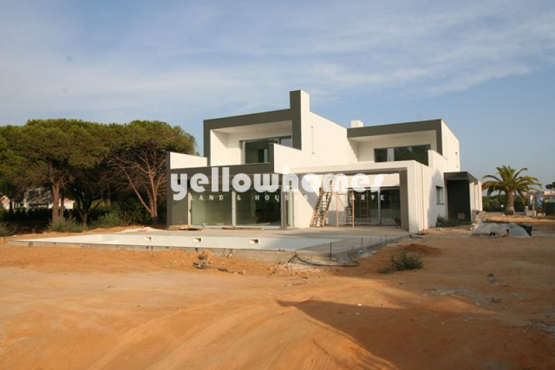 Unique contemporary villa under construction frontline golf in Vila Sol