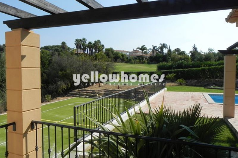 Modern 3 bedroom villa in best frontline location on the Golf near Carvoeiro